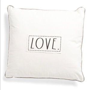 💗 Rae Dunn LOVE Accent Pillow